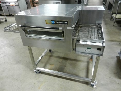 Lincoln 1132-080-A  Electric Impinger II Pizza Conveyor Oven