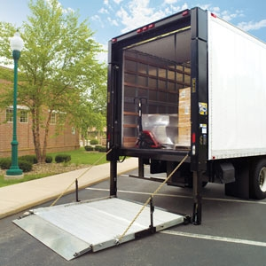 Curbside Delivery Lauro Equipment
