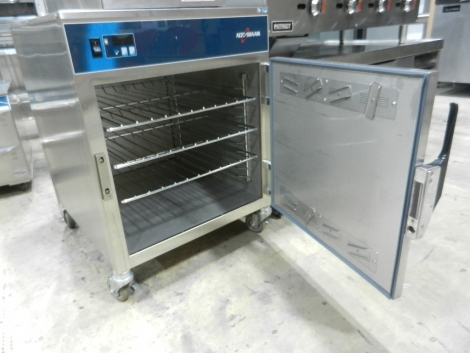 "Alto-Shaam 750-S 26"" Low Temperature Hot Holding Cabinet"