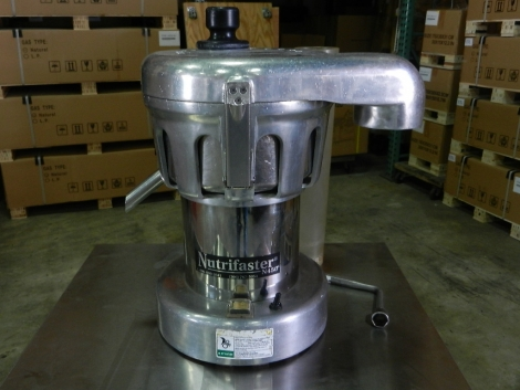 Nutrifaster N450 Commercial Juice Extractor