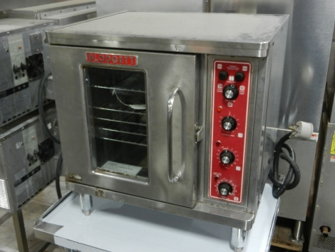Blodgett CTB-1 1/2 Size Electric Convection Oven