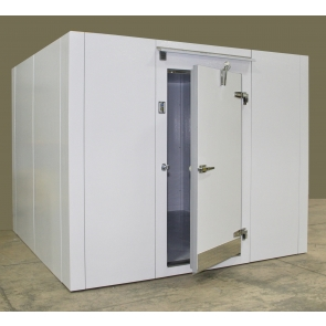 Lauro Equipment Custom Walk-In Freezer 8'x8'x7' with Floor Economic Low Temp Refrigeration Self-Contained