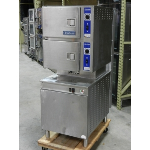 Cleveland 24-CGM-200 Pan Gas Convection Floor Steamer with Boiler Base